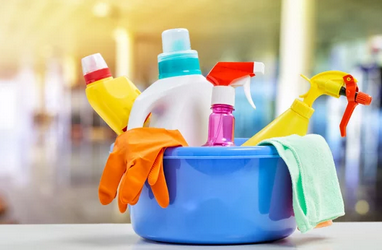 How to Avoid Poisonous Cleaning Products